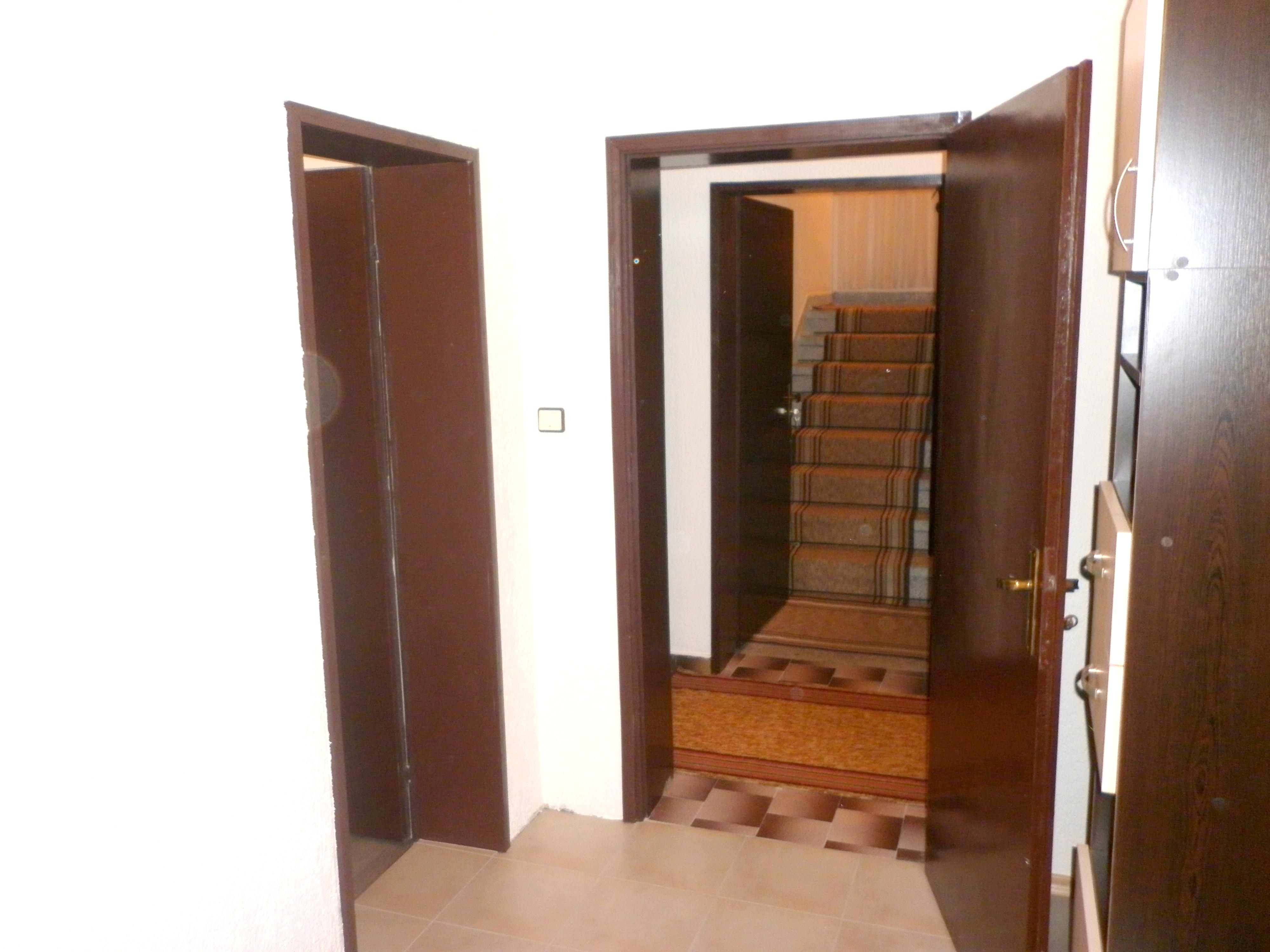 Къща за гости Златоград антре2
